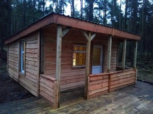 Forest school cabin, Perthshire (281K)