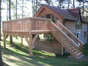 timber_frame_balcony_nr_Peebles (46K)